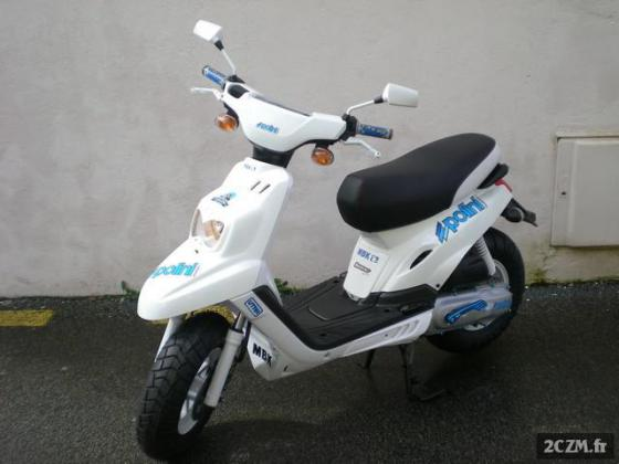 Scooter MBK spirit Plus 2 Casques