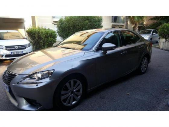 Lexus IS is300h business